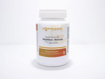 vitaminas e minerais em cápsulas. Uso diário