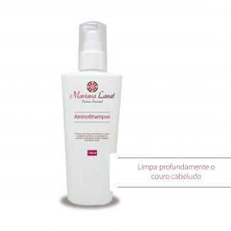 Fórmula que limpa profundamente o couro cabeludo, facilitando as atividades do folículos, sendo essencial para qualquer tratamento capilar.